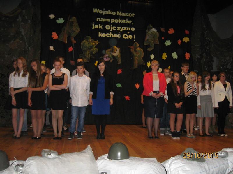 Pasowanie na ucznia Gimnazjum w Lubiewie