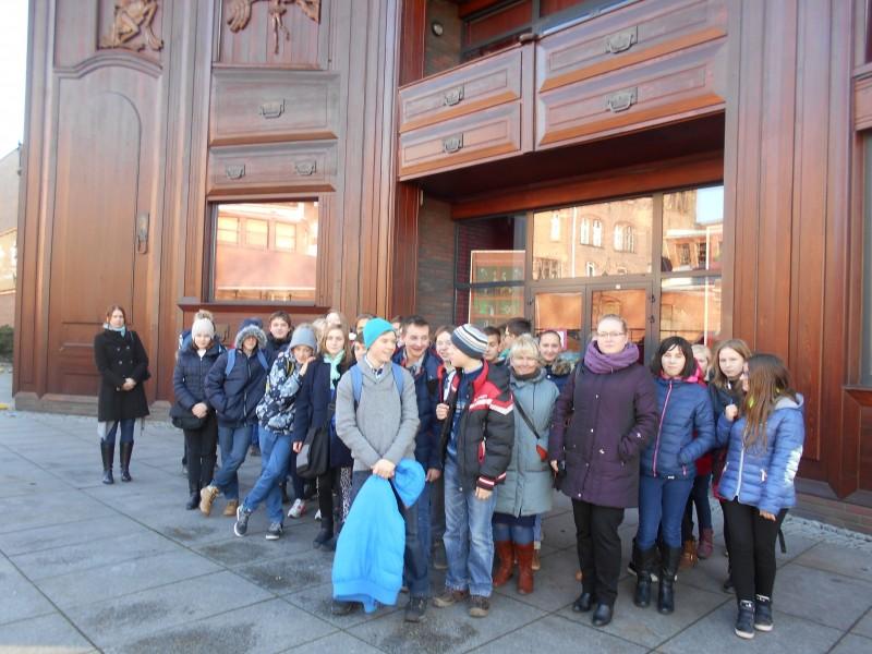 Gimnazjaliści w toruńskim teatrze…