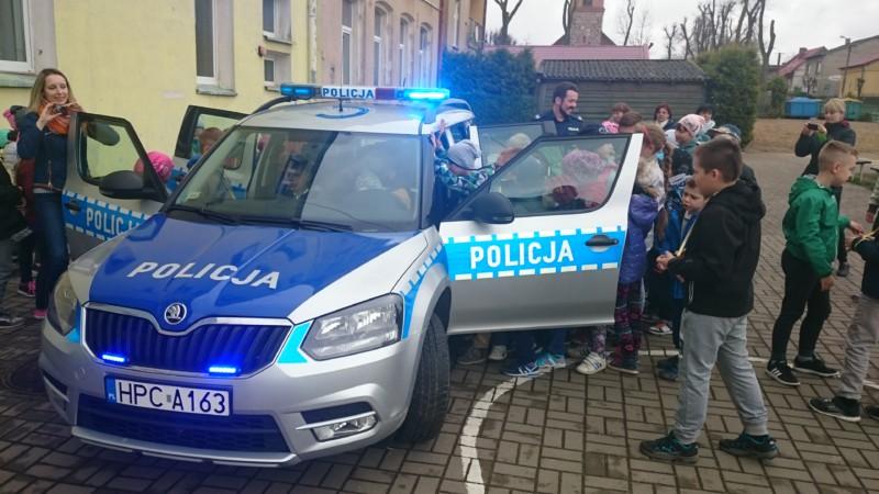 DZIEŃ Z POLICJANTEM…